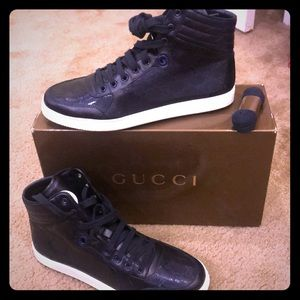 Blue leather High Top GUCCI sneakers